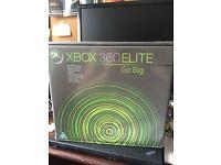 Xbox 360 elite boxed in good condition