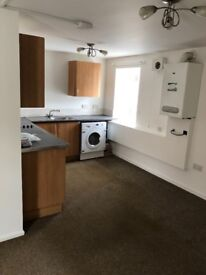 2 bed flat in central Montrose