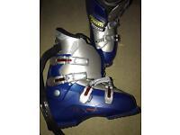 Salomon Performa ski boots