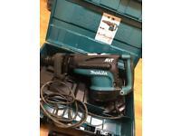 Makita HR5211C SDS Max Breaker Demolition Hammer Drill AVT 240 Volt