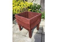 Large garden planter with drainage grids