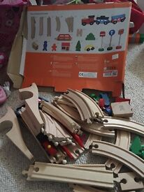 40 piece train set