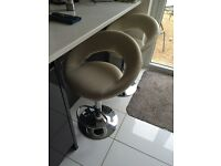 Adjustable height white bar stools