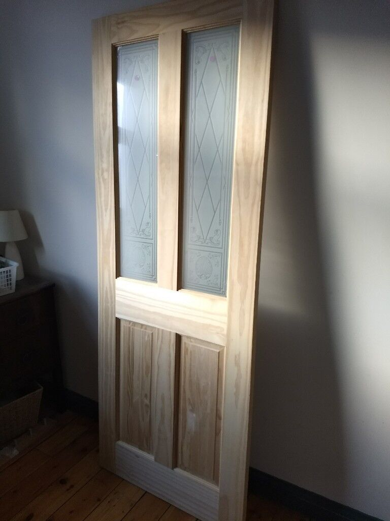 Wickes Skipton Internal Softwood Door Clear Pine Glazed 4 Panel 1981 X 762mm