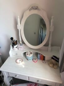 White dressing table mirror and stool