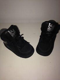 Children's Nike Jordan's Size 6.5 Black & Silver