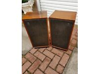 Warfdale dynatron retro speakers in teak wood box. Brilliant condition