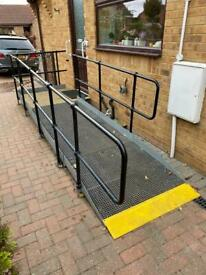 EASY ACCESS RAMP HOUSE/CARAVAN MAKE ME AN OFFER!!