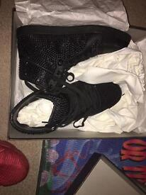 GUCCI TRAINERS FOR SALE