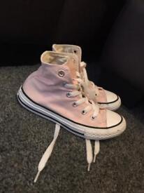 Girls pink converse. Size 12.5