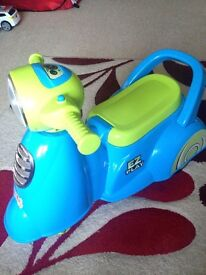 Infant scooter