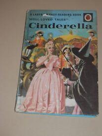 VINTAGE LADYBIRD BOOK CINDERELLA.. 1964