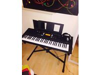 YAMAHA 61 key keyboard. Excellent condition