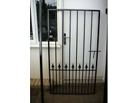 Gate Wrought Iron (Size 3ft x 5ft) Good quality gate not light weight with posts and hinges NEW