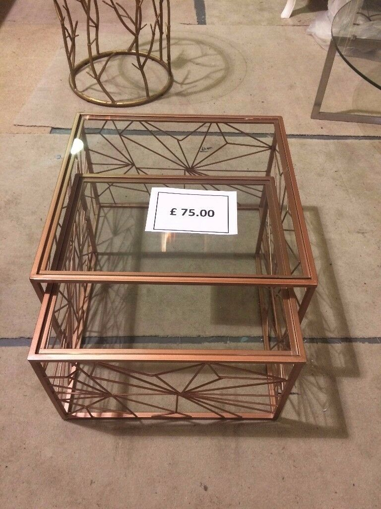 *** Libra Coffee/ Side Table- £75 ONO ***