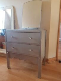 Small Chest of Drawer / dressing table - DELIVERY AVAILABLE