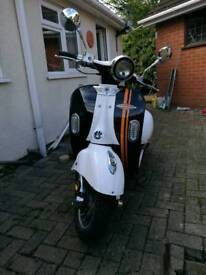 AGS Modena 125 Scooter