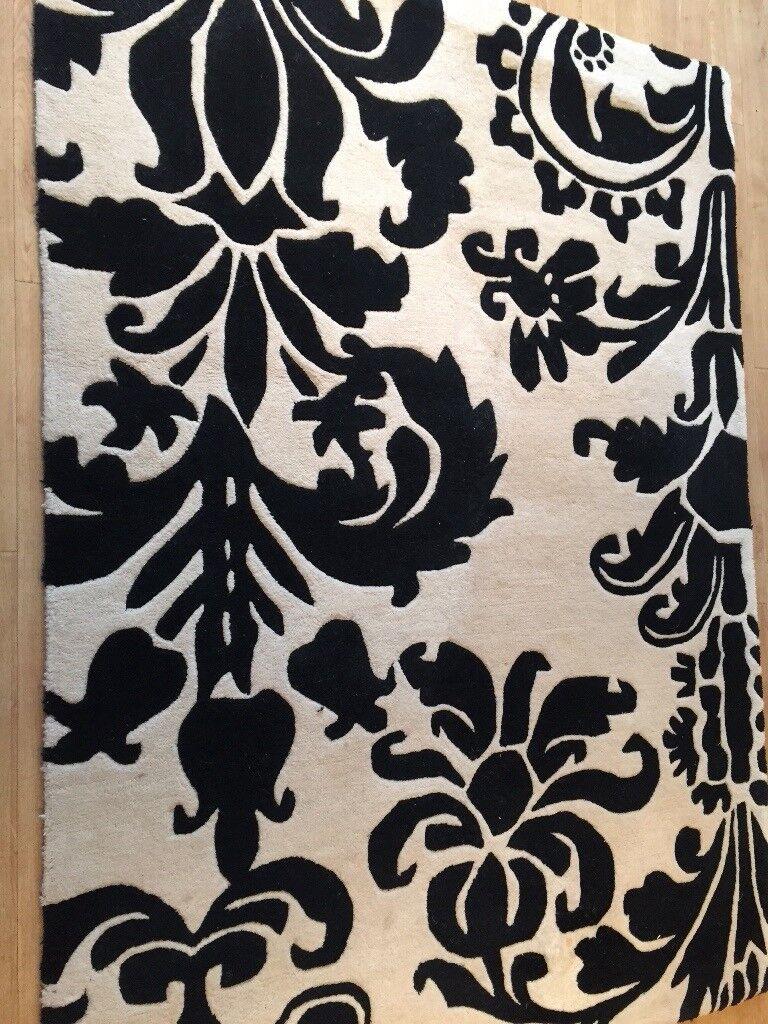 Black White 100 Wool Damask Rug 120cmx170cm Good Condition In Billingham County Durham Gumtree