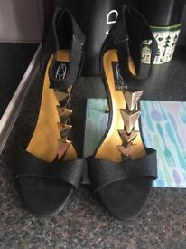 Firetrap black and gold heels 6