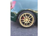 Mitsubishi Enkie light weight alloys coming off my Honda Civic ep3 type r