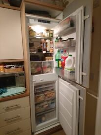 Electrolux ENN2643AOW Iintegrated fridge freezer works but has a frosting issue