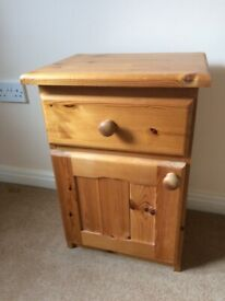 Bedside cabinet - pine
