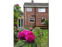 Room to rent in uphill Lincoln in 3bedroom semi-detached house in peaceful area