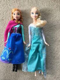 Frozen Elsa and Ana dolls