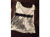 Cream and black print tshirt new look size 10