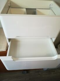 600mm White Double Drawer Basin Vanity Unit - Wall Hung