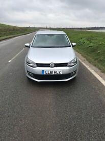 Volkswagen polo 2011 1.2 5 door manual.