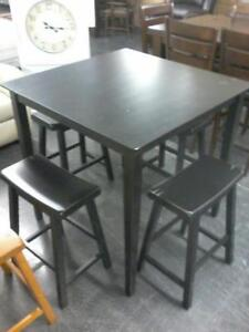 5PC Counter height table set Regular $699 Now $200 taxes included.