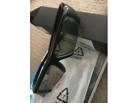 Brand new boxed SAMSUNG ORIGINAL 3D Glasses