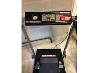 York Pacer 3100, Foldable treadmill