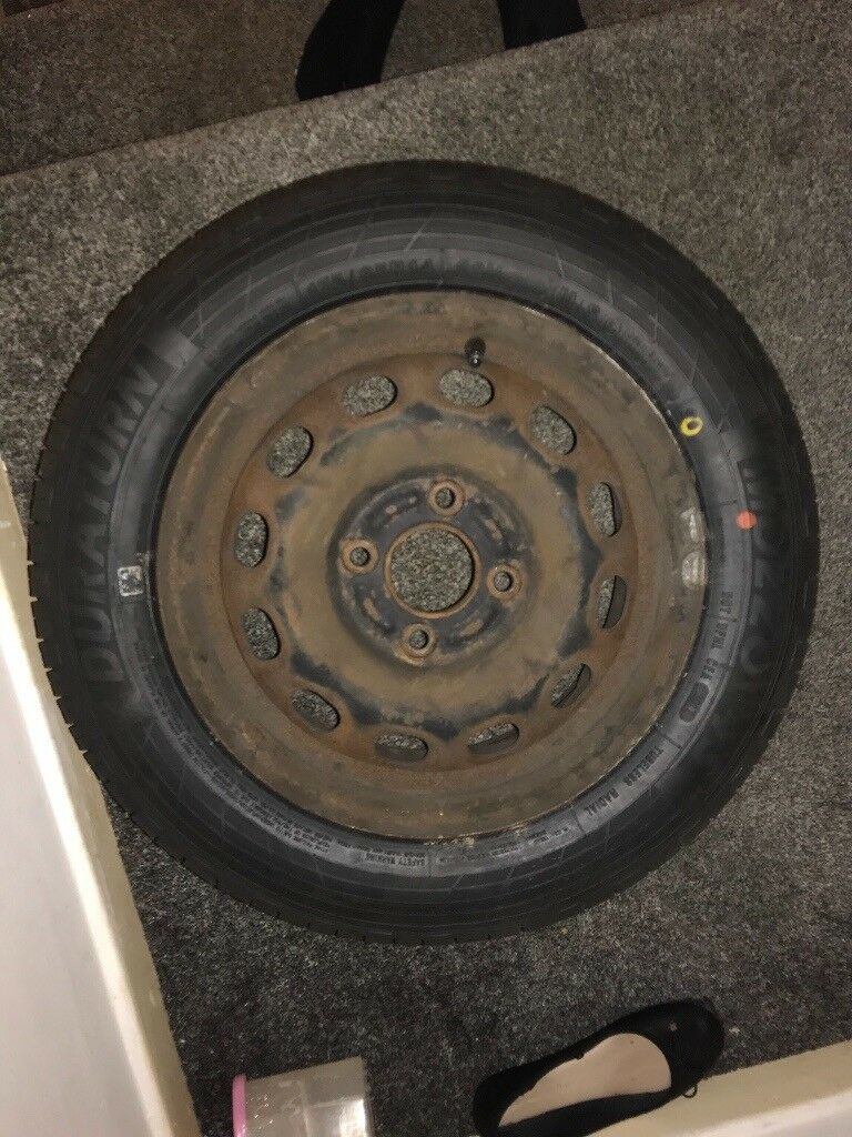 Ford Fiesta tyre