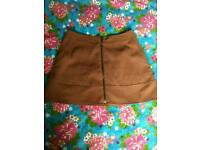 New look size 8 swede skirt