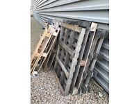 Free Fire Wood (Broken Pallets / Long Pallets / Large Wooden Panels / Cable Reel)
