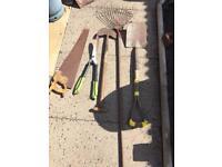 Gardening tools (tools)