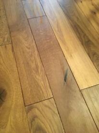 Engineered wood flooring (golden oak)