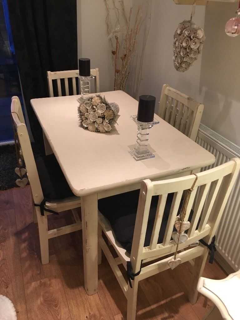 Shabby chic table and chairsin Hornchurch, LondonGumtree - Beautiful table with 4 chairs Seat pads included Rrp £7.99 each Buyer to collect