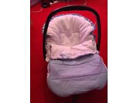 Baby car seat with cover