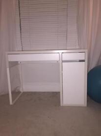 Ikea white desk 105x50 cm