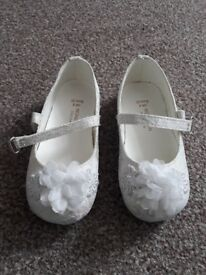 Kids Monsoon shoes size 6