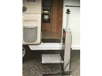 (REDUCED ) CARAVAN/MOTORHOME STAND ON LIFT