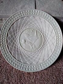 Christmas 1977 Belleek plate