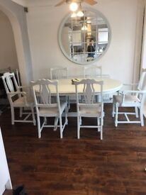 Beautiful pale silver table & 6 chairs
