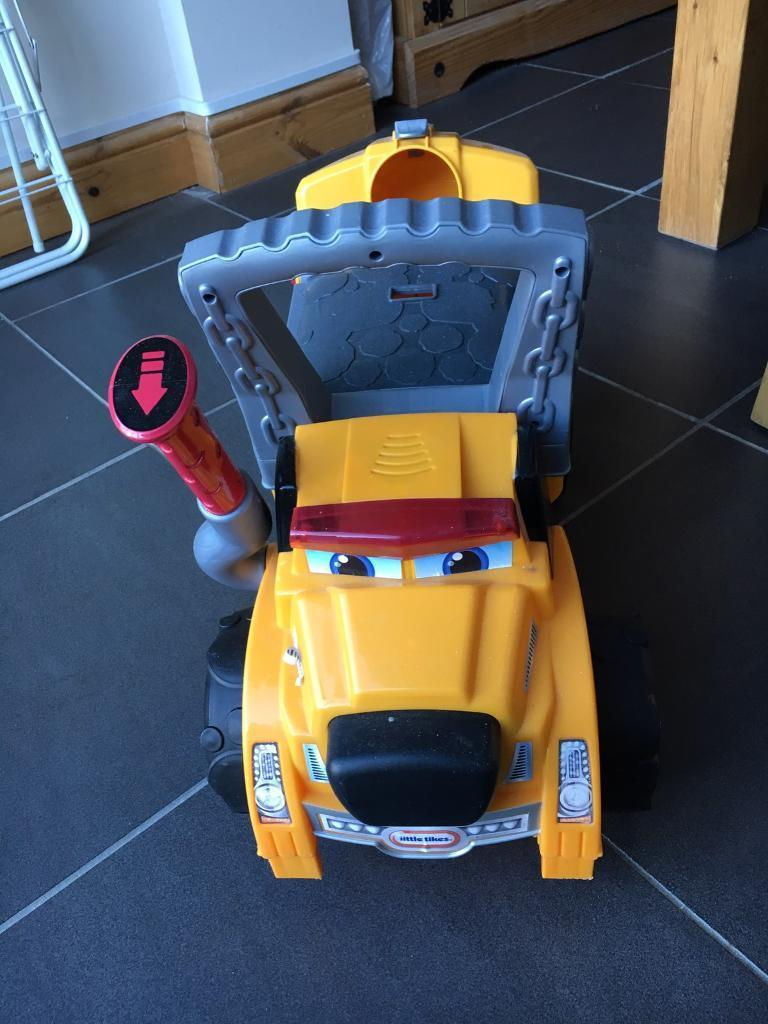 Little tikes walkerin Norwich, NorfolkGumtree - Little tikes walker big dog truck in great condition Buyer to collect from old catton please