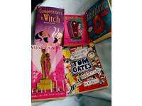 Girls Book Bundle £ 1