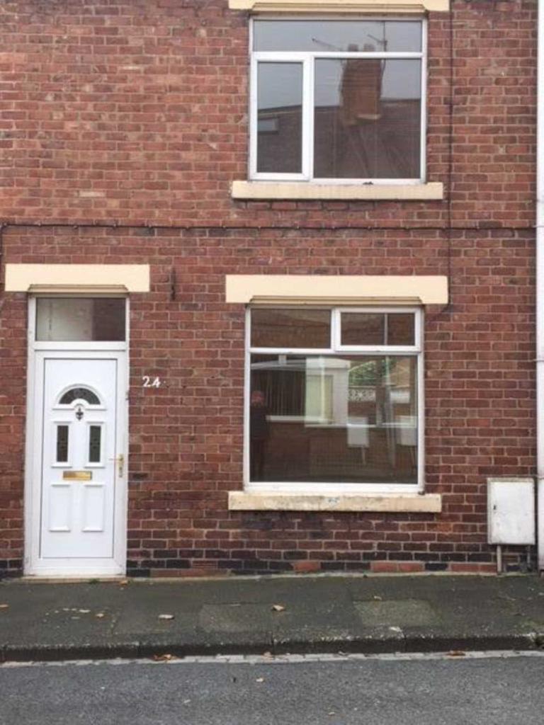 2 bedroom house in Albert Street, Chilton