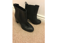 Atterley leather boots size 4 £10